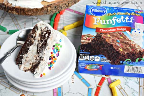 Cookies and Cream Brownie Ice Cream Cake: the perfect dessert recipe!