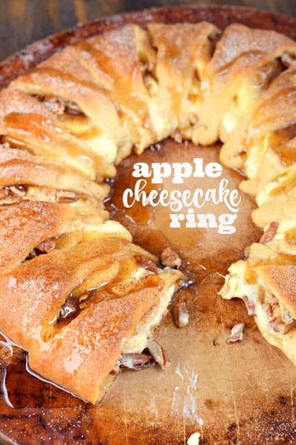 This Apple Cheesecake Ring is the perfect holiday breakfast, or serve it to your family for brunch! You'll love the flaky crescent roll crust, the sweet cheesecake filling and the crunch of apples!