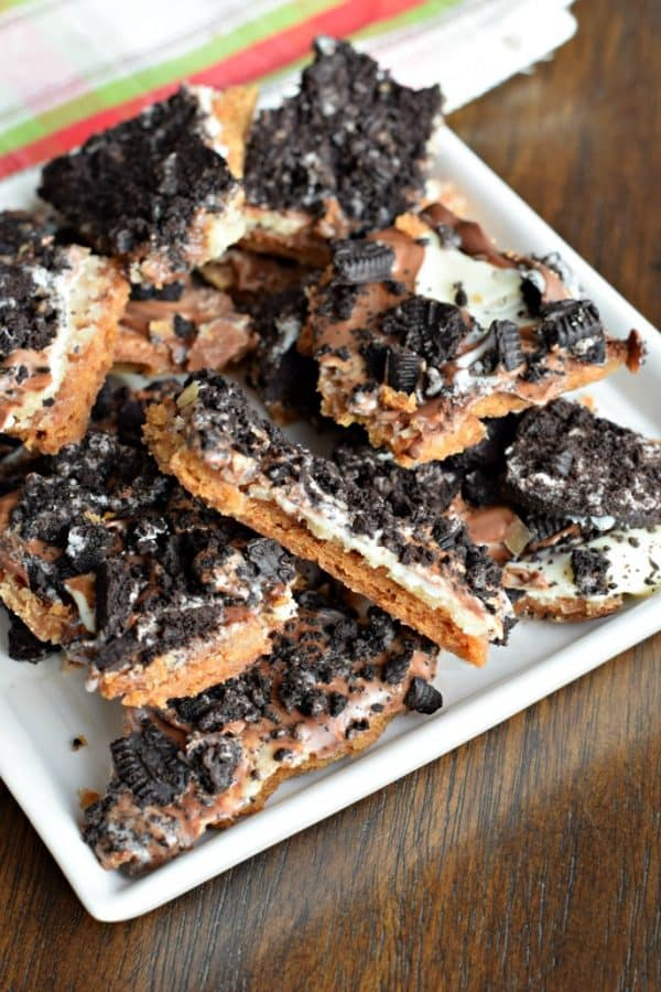 Oreo Toffee is a sweet and scrumptious snack! This is one party dessert everyone will devour!