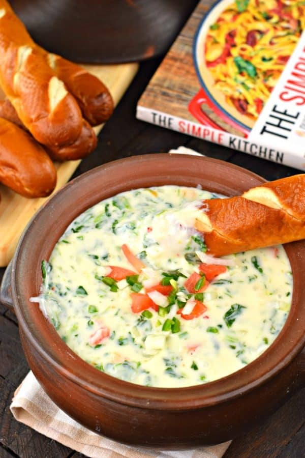 Jalapeno Spinach Queso Dip #gameday #cheese #snack #recipe #queso #thesimplekitchen