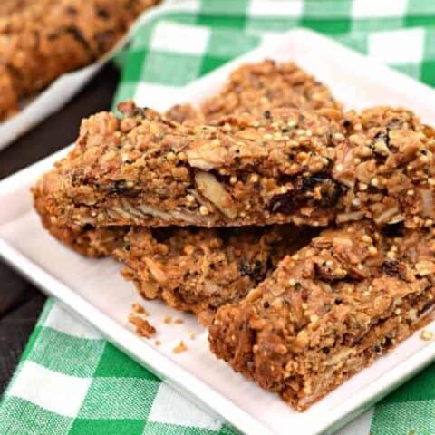 Peanut Butter Quinoa Protein Bars