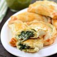 Easy Spinach and Cheese Empanadas Recipe