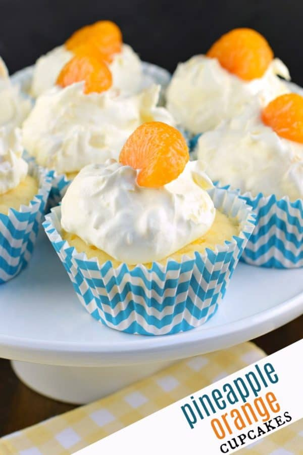 These Pineapple Orange Cupcakes are an easy, light dessert idea that are nearly guilt free! #cupcakes #pigpickin