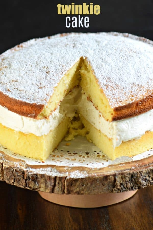 Twinkie Cake: two yellow cake layers with a thick layer of vanilla cream. Easy and delicious #cake