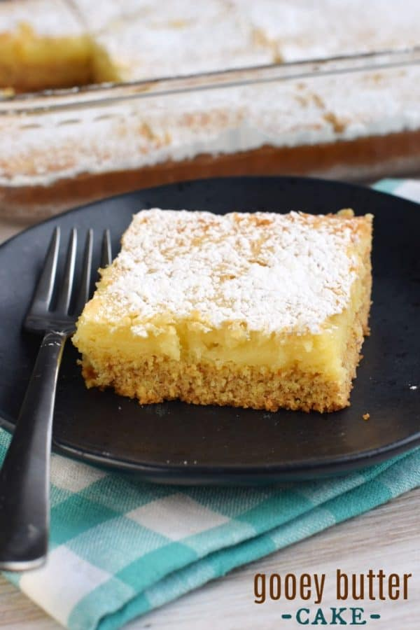 Gooey Butter Cake recipe. Chewy butter cake crust with a delicious gooey filling!