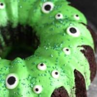 Monster Bundt Cake - How to Make a Simple Monster Cake