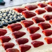American Flag Cake - The perfect patriotic summer dessert!