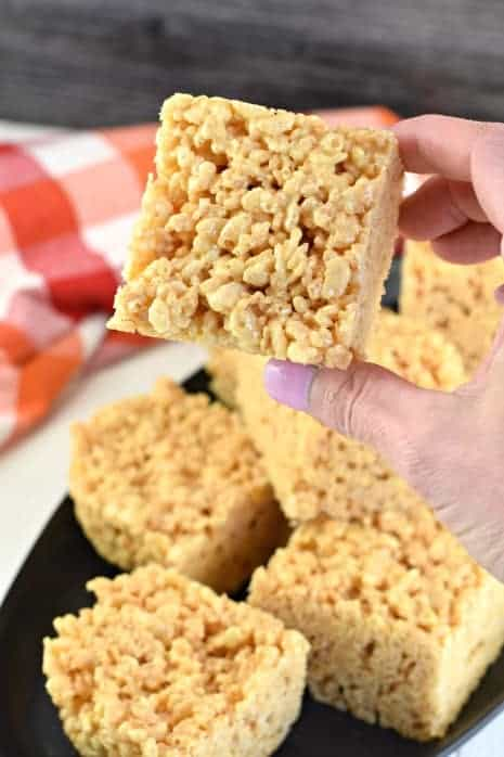 A fun and fruity twist on a childhood favorite. Banana Rice Krispie Treats are a kid-approved dessert that grown-ups love too!