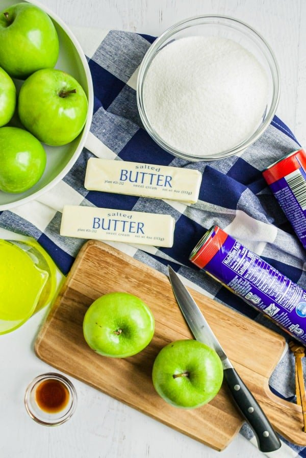 Ingredients needed for pioneer woman apple dumpling recipe.