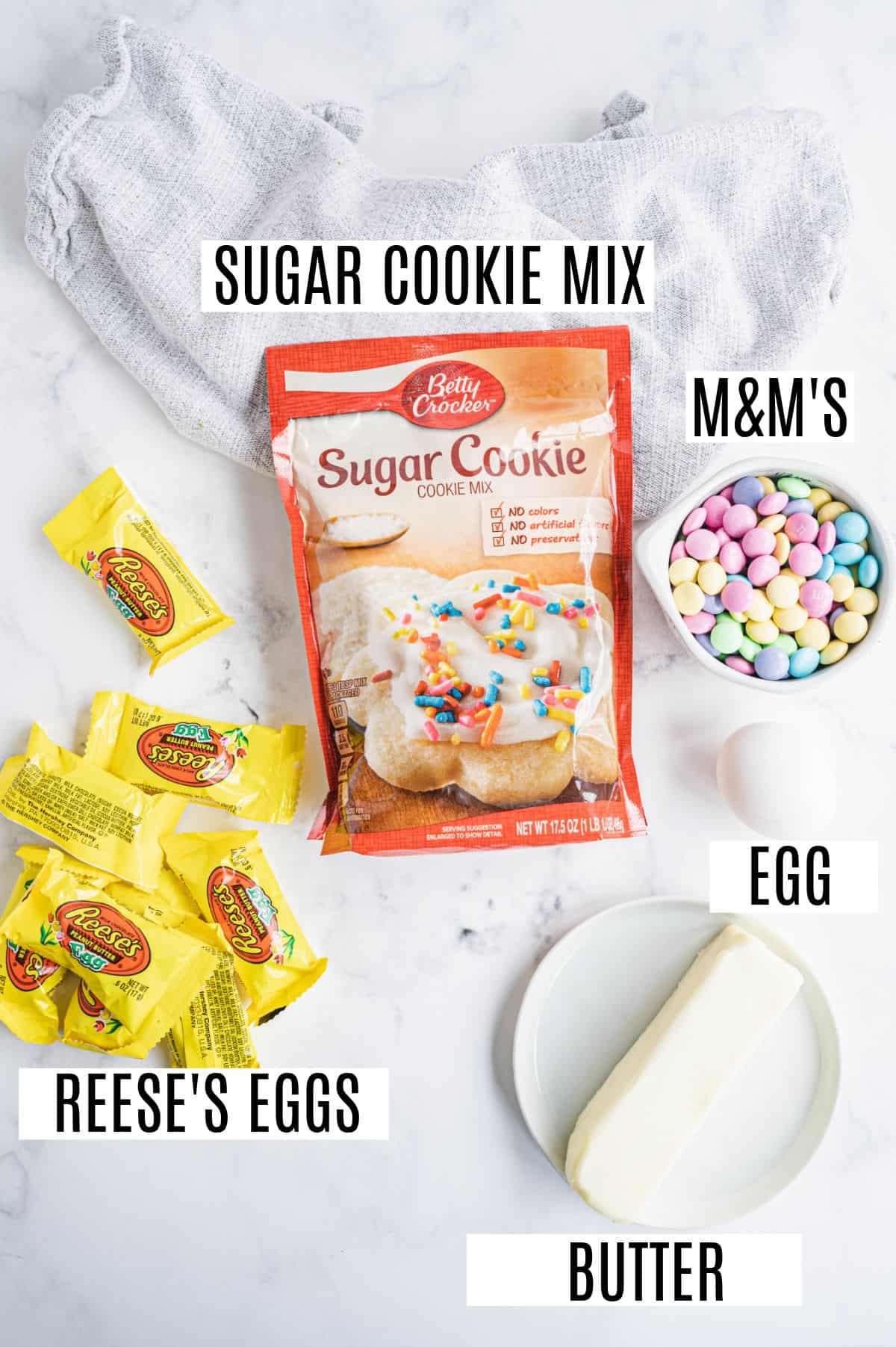 Ingredients needed to make a sugar cookie cake with only 5 ingredients.