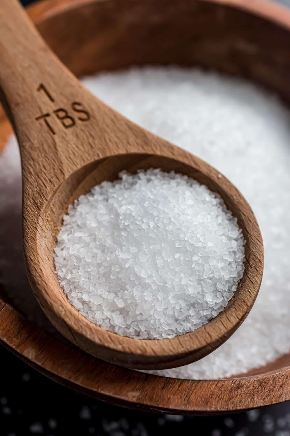 Close up photo of kosher salt granules.